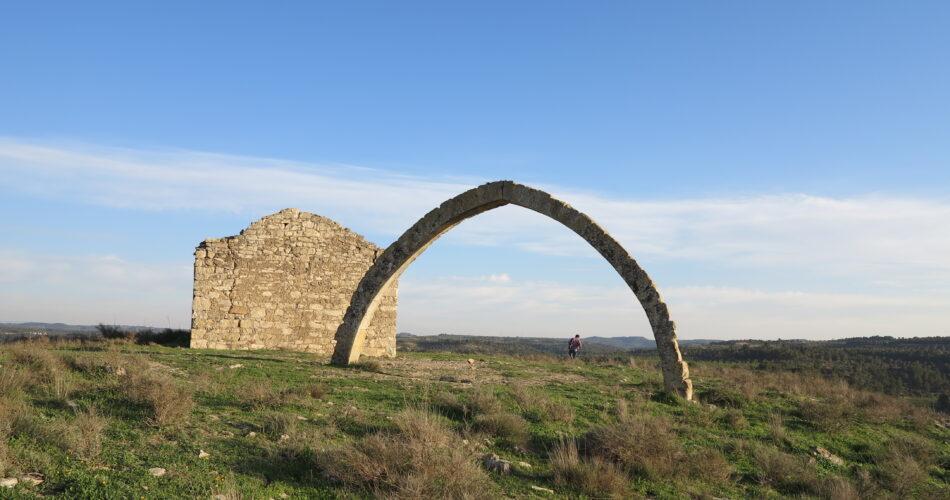 El desplobat Adar de Llardecans i la seva arcada