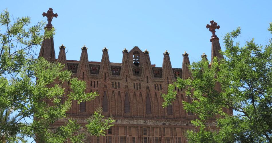 El col·legi de les Teresianes obra Gaudí a Barcelona